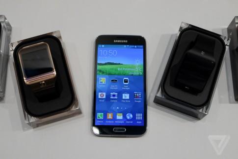 مواصفات الهاتف الذكي جالاكسي إس 5 , الهاتف الذكي جالاكسي إس 5 , مميزات الهاتف الذكي جالاكسي إس 5 , سعر الهاتف الذكي جالاكسي إس 5 , سعر الهاتف الذكي سامسونج جالاكسي إس 5 , مواصفات جالاكسي إس 5 , مواصفات الهاتف سامسونج جالاكسي إس 5 الجديد , سعر هاتف جالاكسي إس 5 , مواصفات ومميزات الهاتف الذكي الجديد جالاكسي إس 5 , samsung galaxy s5 , الهاتف الذكي samsung galaxy s5 , سعر الهاتف الذكي samsung galaxy s5 , مواصفات ومميزات الهاتف الذكي الجديد samsung galaxy s5 , مميزات samsung galaxy s5 , مواصفات samsung galaxy s5 , samsung galaxy s5 , جالاكسي اس 5 , جالاكسي اس 5 samsung galaxy s5
