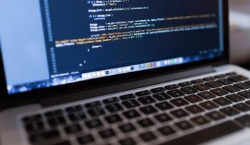 أفضل 7 دورات لتعلم كيفية انشاء المواقع الأليكترونية مجاناً