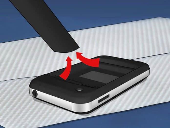 كيفية التعامل مع مشكلة سقوط الهاتف في الماء و طرق الحل 3