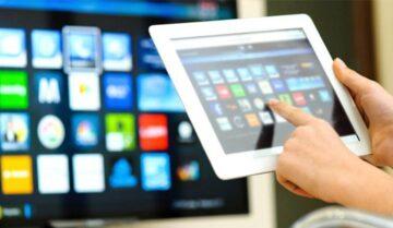 كيفية توصيل و تشغيل الهاتف على شاشة التلفاز TV