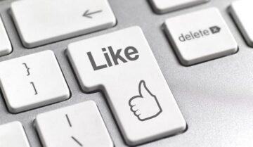 كيفية إخفاء تسجيلات الإعجاب والتعليقات والمشاركات في الفيس بوك عن الأخرين