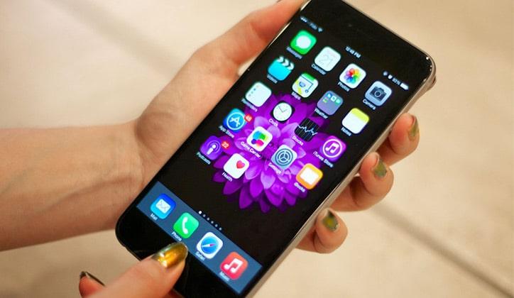 كيفية إلتقاط صور سكرين شوت Screenshot من هواتف الأيفون iPhone 1