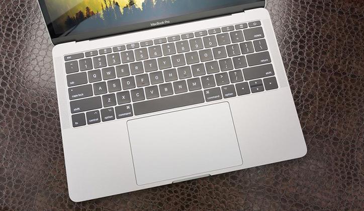 مراجعة أحدث أجهزة اللاب توب الجديدة من آبل MacBook Pro 2017 4