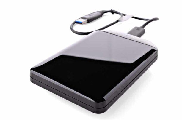 افضل اقراص التخزين الخارجية من SSD او HDD لعام 2018 1