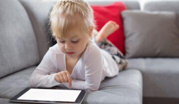 أفضل تطبيقات لتتحكم في هاتف طفلك