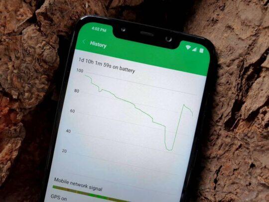 Xiaomi Pocophone F1 هل ما زال يستحق الإقتناء ام لا ؟ 3