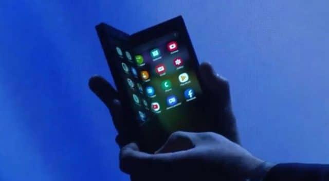 تسريب فيديو عن هاتف سامسونج القابل للطي بالخطأ 1