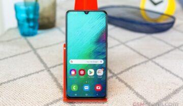 سعر Galaxy A70 من سامسونج مع مواصفاته 18