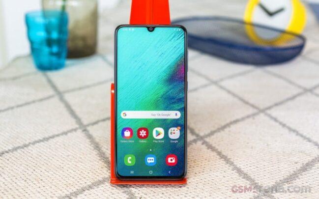 سعر Galaxy A70 من سامسونج مع مواصفاته 1