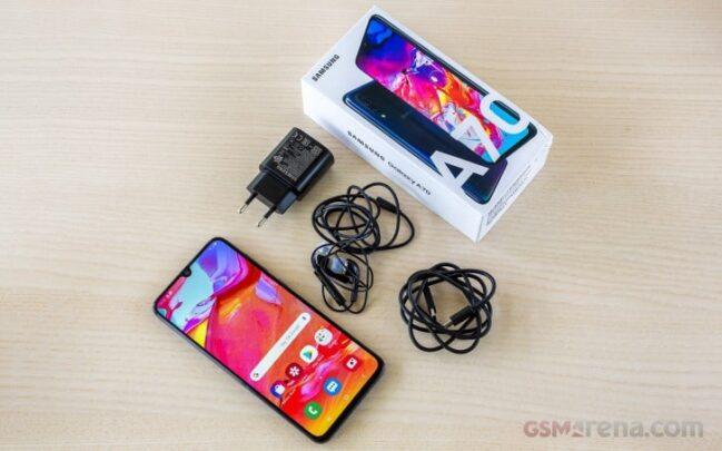 سعر Galaxy A70 من سامسونج مع مواصفاته 2