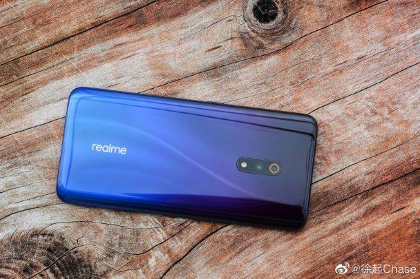 هاتف Realme X يحصل على أول صور رسمية 1