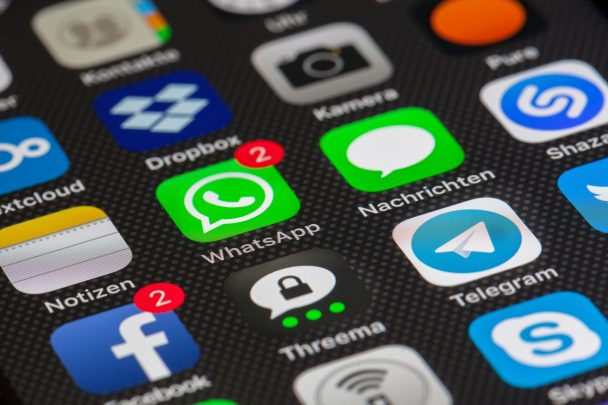 كيف تمنع إضافتك إلى جروبات Whatsapp من قبل اي شخص آخر 1