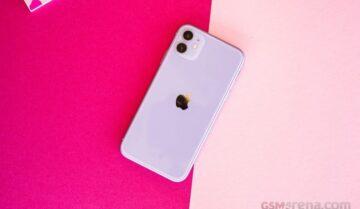 سعر iPhone 11 مع مواصفاته وأداءه ومميزاته وعيوبه