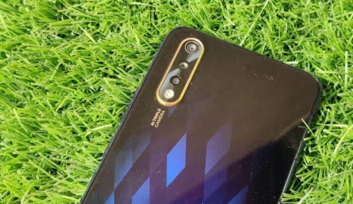 مواصفات Vivo S1 و مميزاته مع عيوب الهاتف و تعليق على السعر 4