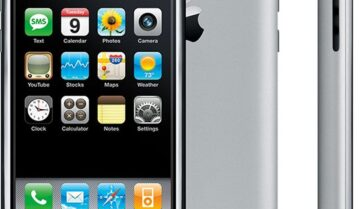 أول iPhone ظهر منذ 13 عاماً مع ستيف جوبز 7