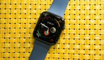 Apple Watch Face ببساطة هي تلك الواجهة التي تراها أمامك عندما تنظر إلى ساعتك الذكية وهذا يعني الواجهة أو Theme الساعة الذي سيظل موجوداً على الشاشة الرئيسية
