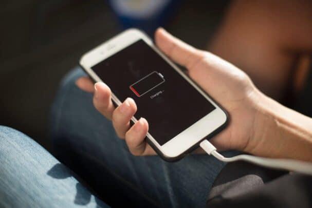 نصائح لحماية هاتفك المحمول الجو نصائح-لشحن-