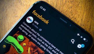 طريقة إلغاء تصميم فيس بوك الاسود 2020