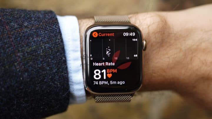ابرز مميزات Apple Watch SE ساعة Apple الذكية المتوسطة 1