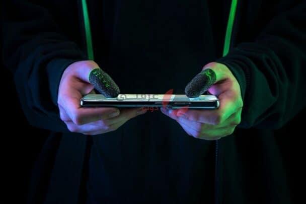 Razer تصنع الكشتبانات لاستغلال امكانيات الأصابع في ألعاب الموبايل 2