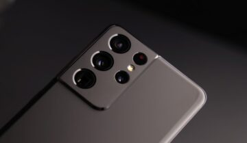 هل ما زال جهاز Galaxy S21 Ultra يستحق كل هذا العناء؟ أو يجب أن تنتظر S22 Ultra؟